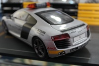 audi-r8-dtm-safety-car-2008-kyosho-3