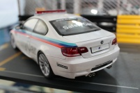 bmw-m3-coupe-moto-gp-safety-car-2008-kyosho-3