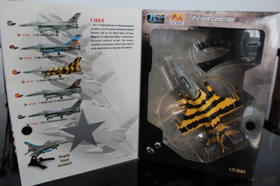 f-16-ac-mlu-baf-tiger-meet-easy-model-platinum-collectible-3