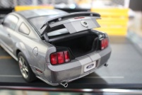 ford-mustang-gt-2004-auto-show-version-autoart-limited-3000-pcs-4