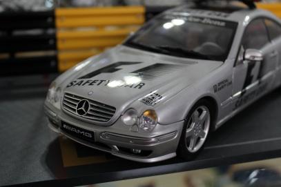 mercedes-cl55-amg-f1-safety-car-2000-autoart-1