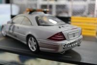mercedes-cl55-amg-f1-safety-car-2000-autoart-3