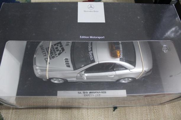mercedes-sl55-amg-f1-safety-car-2001-masito-dealer-limited-edition-15